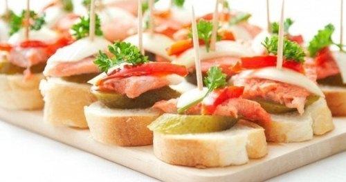 Бутерброды с форелью