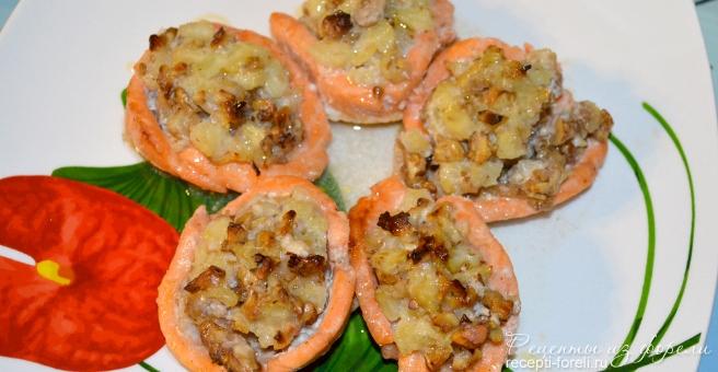 праздничное блюдо из форели